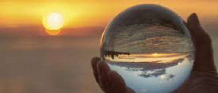 Videncia con bola de cristal